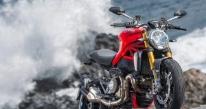 Ducati_Monster_1200S view