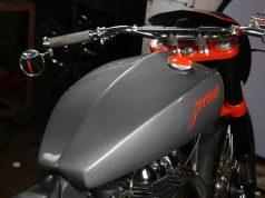Zeena_Modified_Royal_Enfield_Classic_Fuel_Tank_TNT_Motorcycles