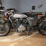 Zeena_Modified_Royal_Enfield_Classic_UCE_TNT_Motorcycles1
