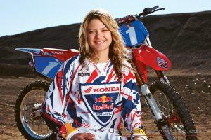 2010_Ashley_Fiolek_Motocross_Wallpaper-1