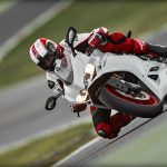 SBK-959-Panigale_2016_Amb-08_1920x1080.mediagallery_output_image_[1920×1080]