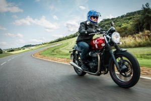 triumph-motorcycle-2016-bonneville-93