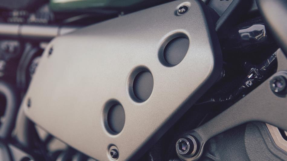 2016-Yamaha-XSR700-EU-Forest-Green-Detail-017