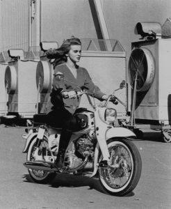 ann-margret-1964-honda-dream