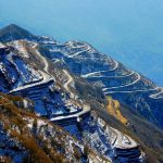 zigzag_road_to_zuluk_from_thambi_view_point_east_sikkim