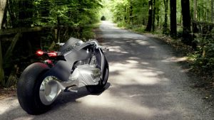 bmw-rsquo-s-self-balancing-bike-is-super-safe4-1476357391