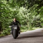 bmw-rsquo-s-self-balancing-bike-is-super-safe5-1476357411