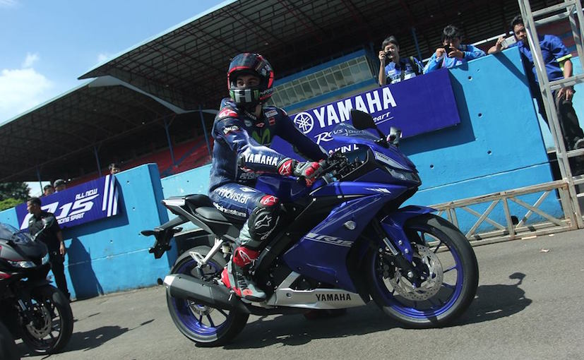 2017 Yamaha YZF-R15 V3 0 Bookings Commence In India