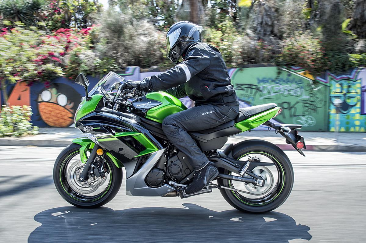 Kawasaki Ninja 650 Krt Launched At Rs 5 49 Lakh