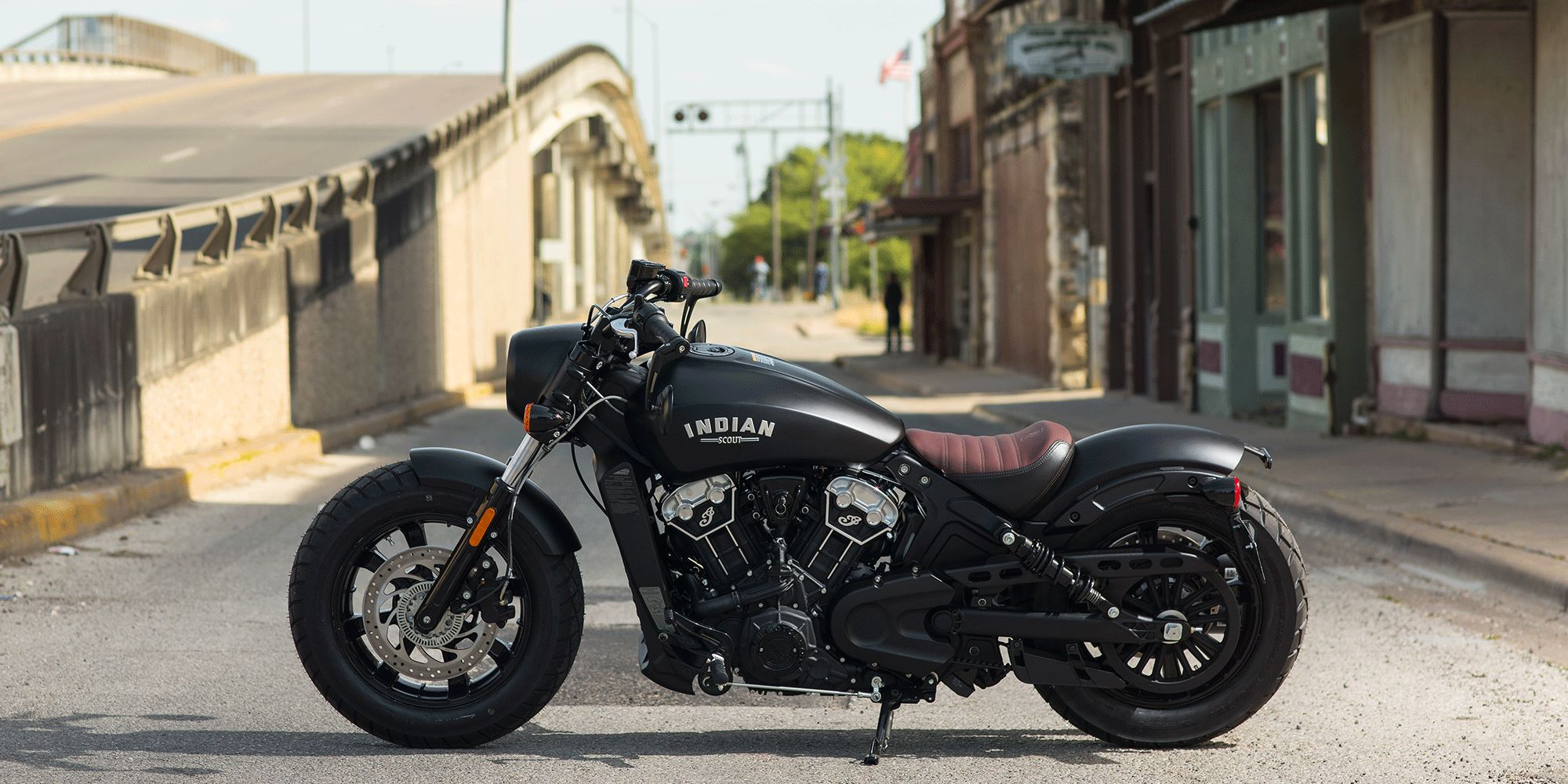 2018-Indian-Scout-Bobber-lead