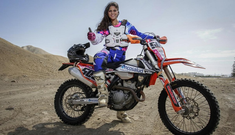 gianna dakar rally motorcycle diaries