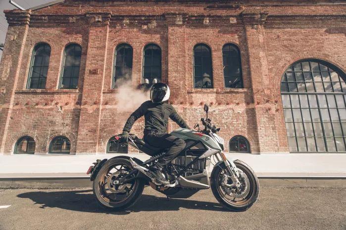 Zero SR/F motorcyclediaries.in
