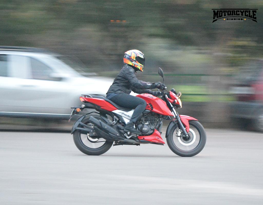 tvs apache rtr 160 4v side motorcyclediaries