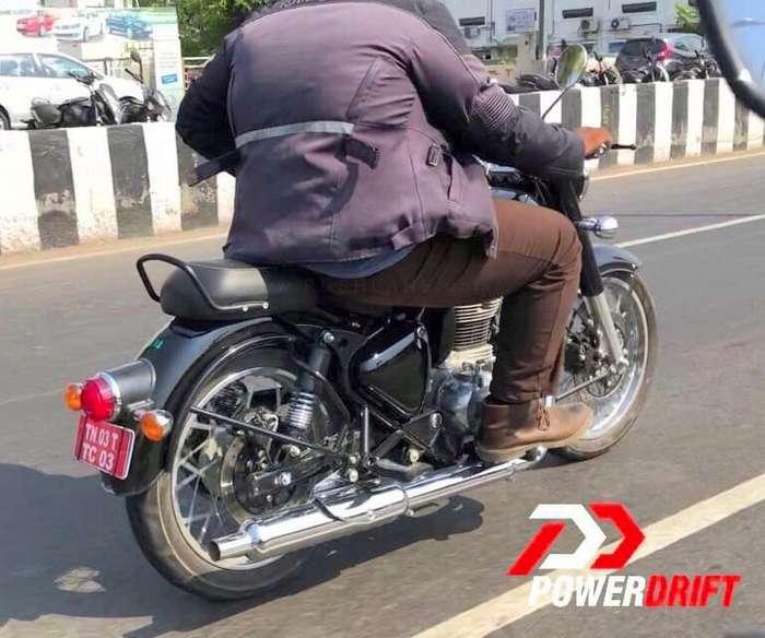 royal-enfield-classic-bs6-2-motorcyclediaries