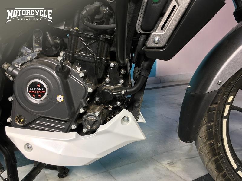 2019-Bajaj-Pulsar-NS-200-ABS-motorcyclediaries