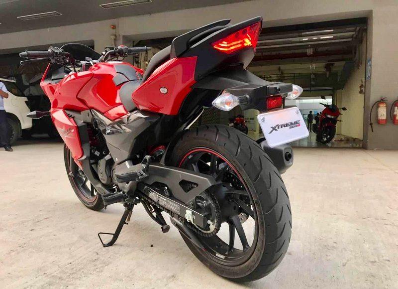 hero-xtreme-200s-images-motorcyclediaries