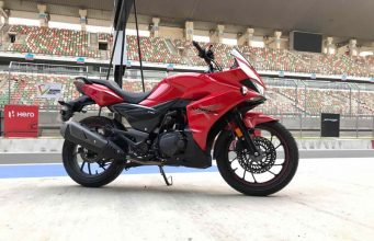 hero-xtreme-200s-images-motorcyclediaries