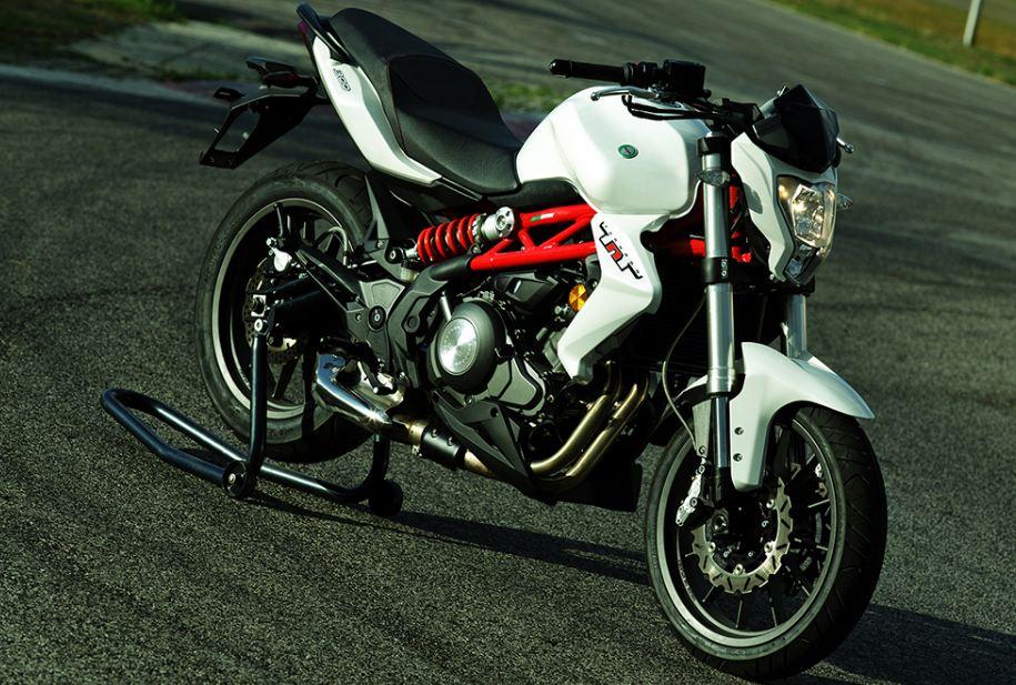 benelli tnt 300 motorcyclediaries