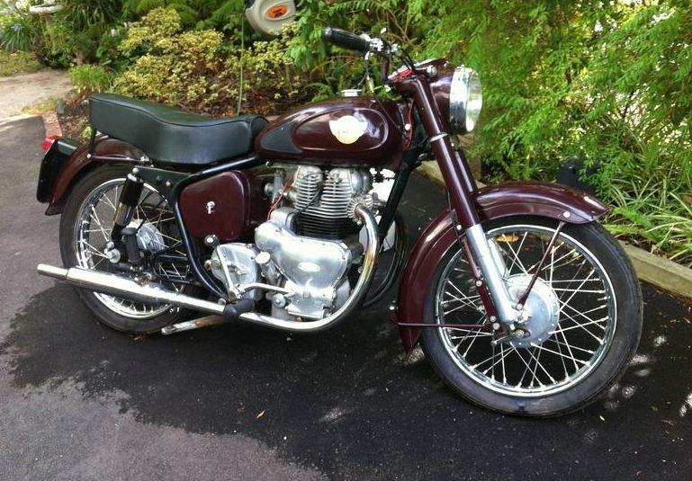 royal enfield meteor motorcyclediaries