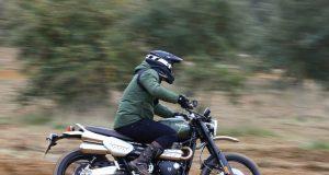 triumph-scrambler-1200-2-motorcyclediaires