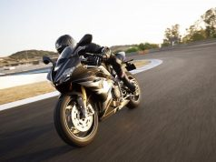 triumph-daytona-765-limited-edition-motorcyclediaries