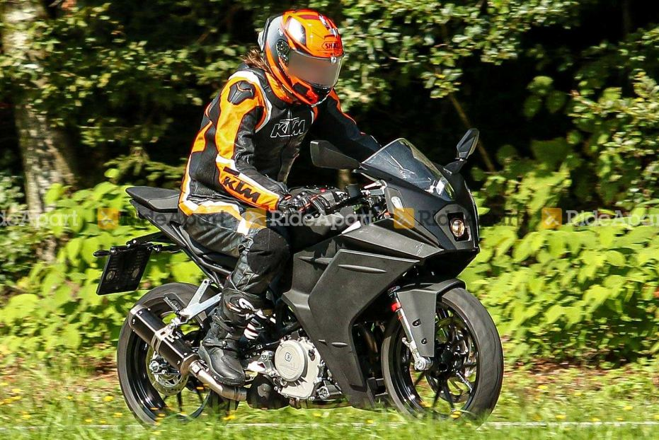 2021-ktm-rc390-motorcyclediaries