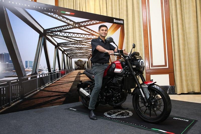 Benelli Leoncino 250-motorcyclediaries