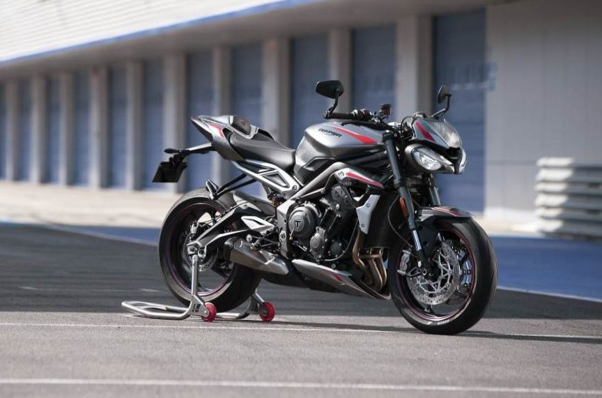 Triumph-Street-Triple-2020-motorcyclediaries