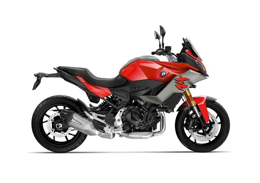 BMW-F-900-XR-Motorcyclediaries