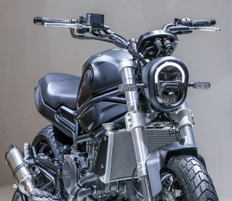 benelli tnt 600 front quarter motorcyclediaries
