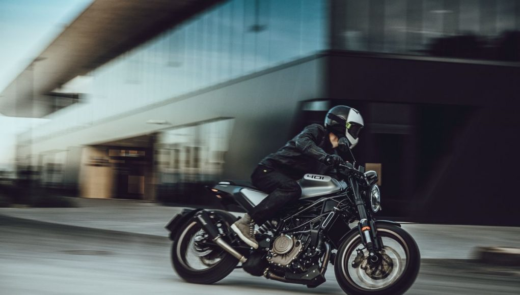 Husqvarna Vitpilen 401 panning motorcyclediaries