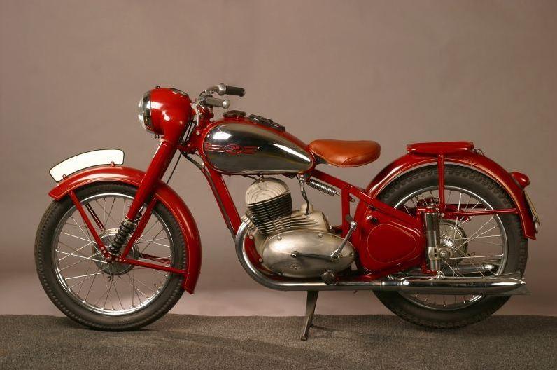Jawa Perak 1946 Motorcyclediaries