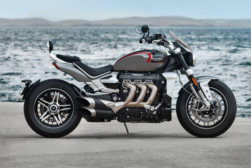 Triumph-Rocket-3-gt-Motorcyclediaries