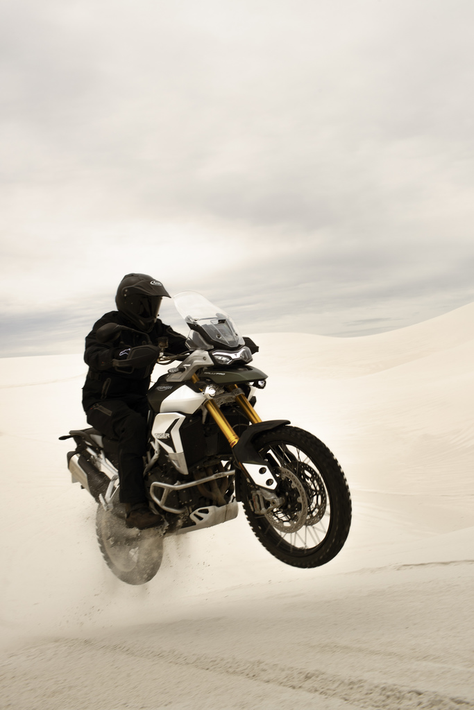 triumph tiger 900 air time motorcyclediaries